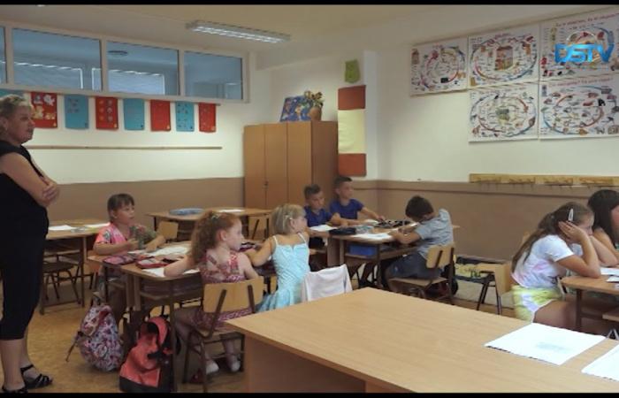Embedded thumbnail for Nyári tábor helyett ezúttal nyári iskola