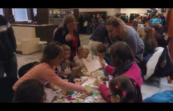 Embedded thumbnail for Vidám hangulat a húsvétváró játszóházban