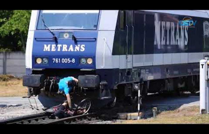 Embedded thumbnail for Bemutatták, milyen tragikus következményekkel jár, ha a vonat elgázolja a kerékpárost