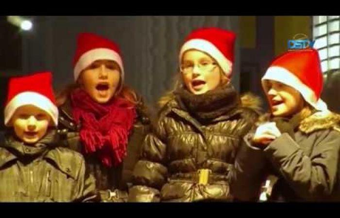 Embedded thumbnail for Lázas készülődés a karácsonyi vásárra