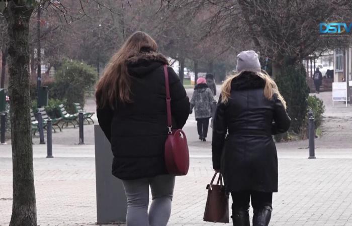 Embedded thumbnail for Kevéssel, de csökkent Dunaszerdahely lakosainak száma