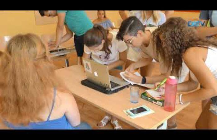 Embedded thumbnail for Ingyenes angol nyelvtanfolyamot tartanak Dunaszerdahelyen