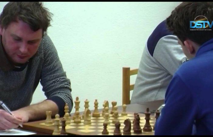 Embedded thumbnail for A dunaszerdahelyi sakkcsapat továbbra is vezeti a tabellát