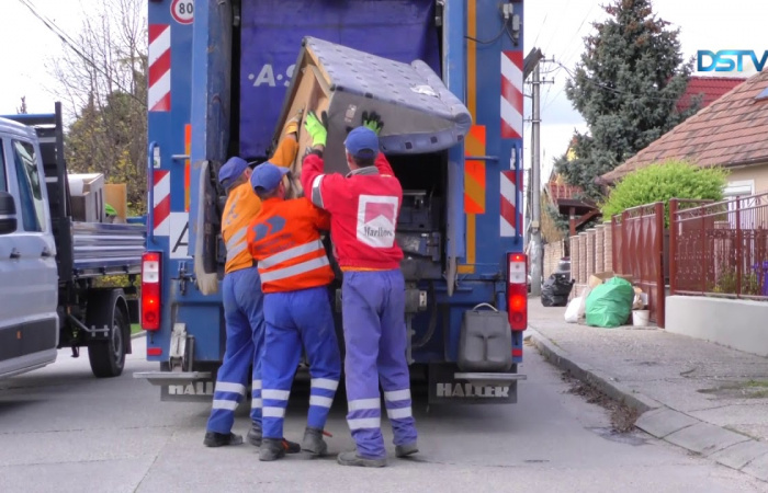 Embedded thumbnail for A három szombati napon 120 tonna hulladék gyűlt össze