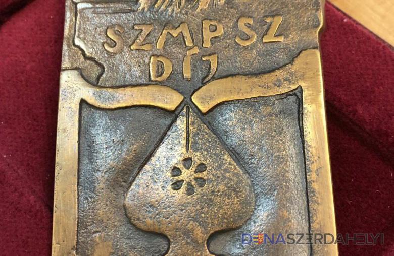 Elismerésben részesült a Szlovákiai Magyar Művelődési Intézet