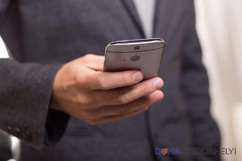 A Samsung lehetővé tette, hogy iPhone-on is ki lehessen próbálni az Androidot