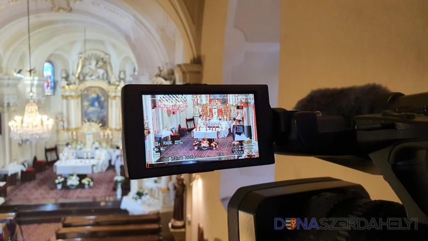 Húsvétvasárnapi online szentmise-közvetítés