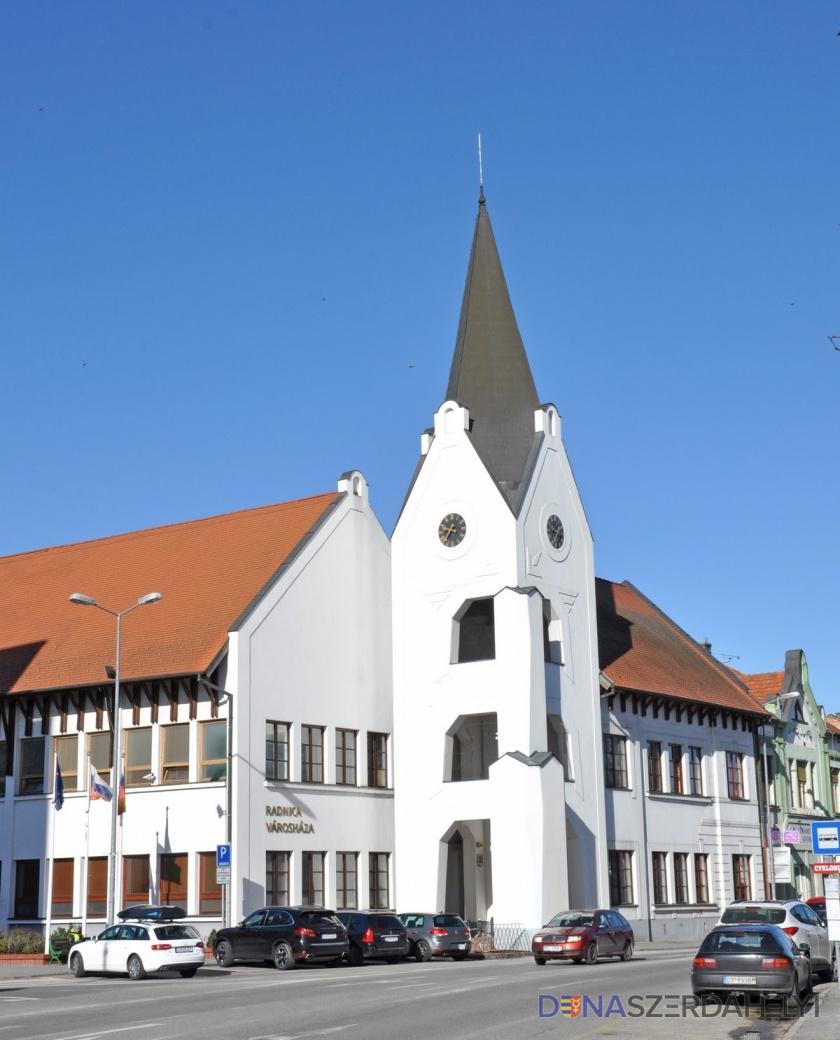 Továbbra is zárva marad a Dunaszerdahelyi Városi Hivatal