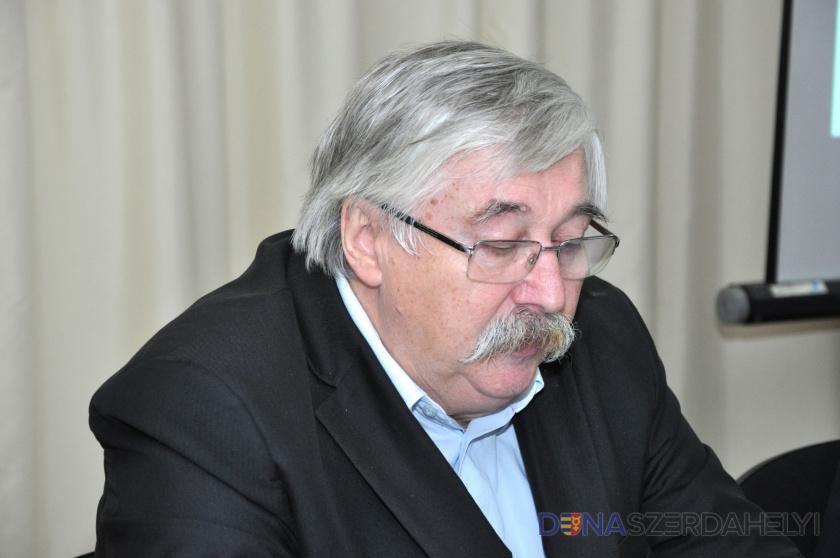 Elhunyt Huszár László, a Szlovákiai Magyar Művelődési Intézet igazgatója