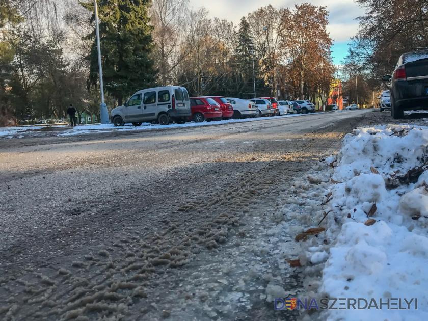 Hóeltakarítás Dunaszerdahelyen