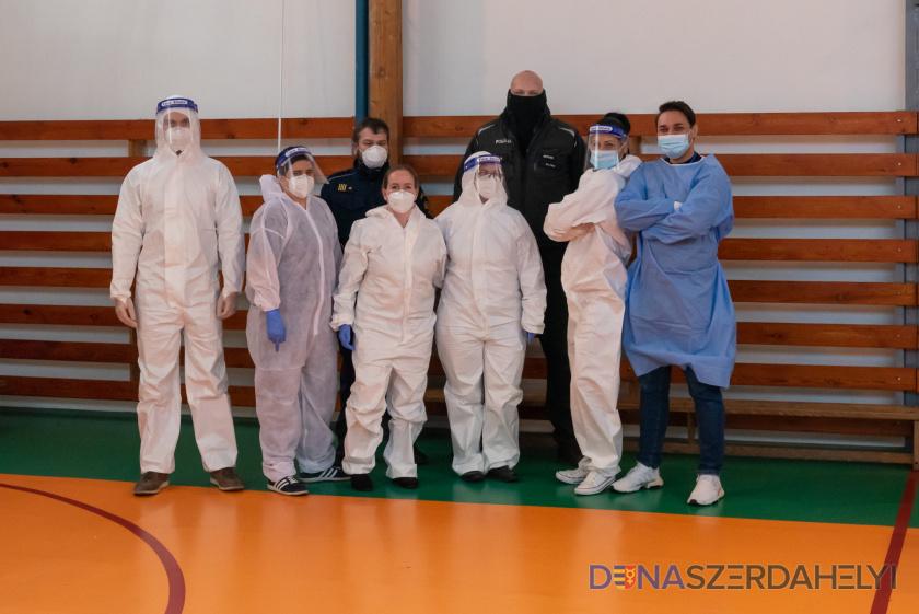 Ismét egészségügyisek segítségét kéri Dunaszerdahely