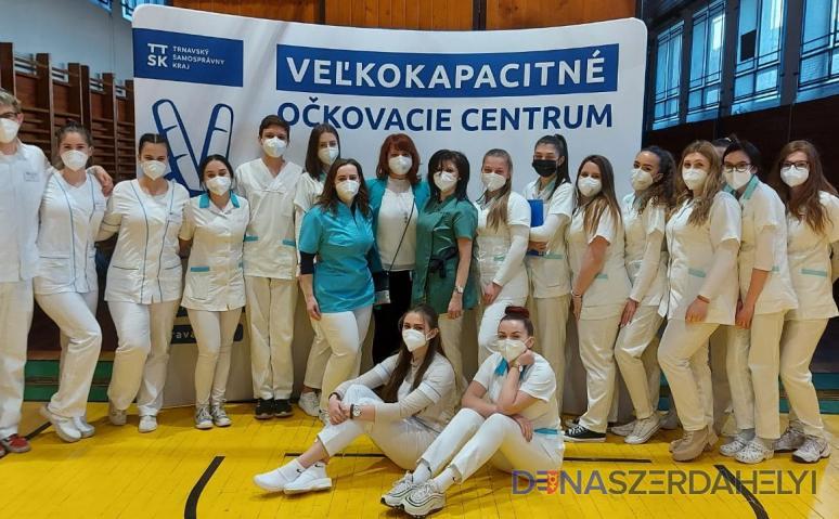 Dunaszerdahelyen idén több kilencedikest vehetnek fel a praktikus nővér szakra