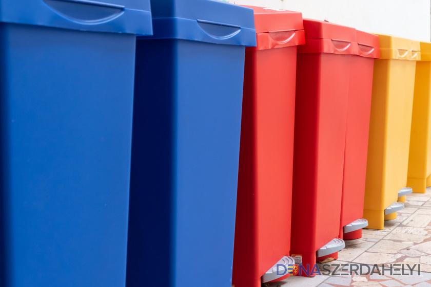 A papírt és a műanyagot is holnap szállítják el