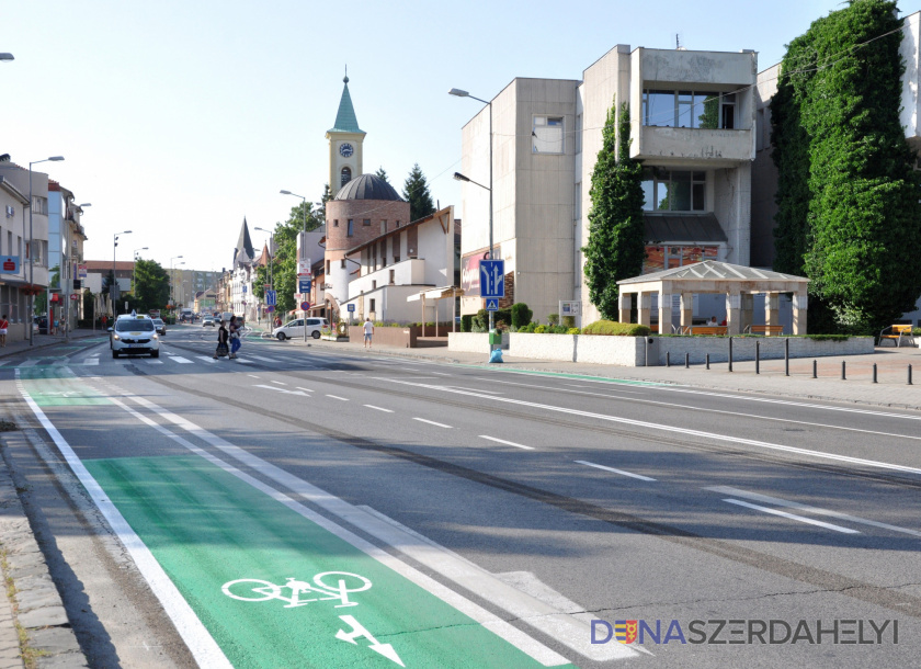 """Az MKP dunaszerdahelyi városi képviselőcsoportja: """"Áldozatkész hozzáállást és önzetlen munkát várunk el"""""""