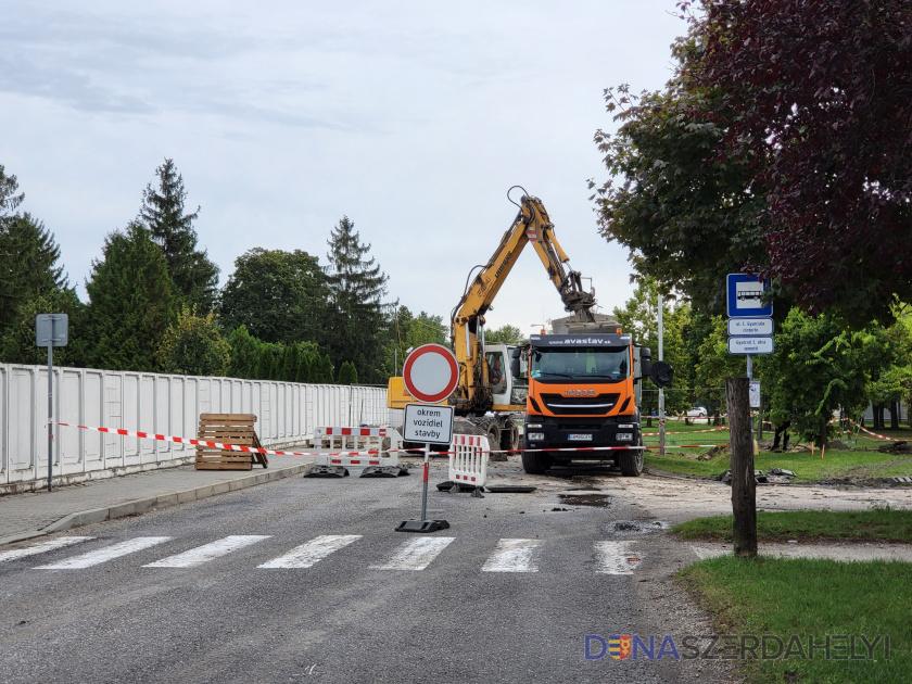 Egy hét alatt befejezik a Gyurcsó István utcai munkálatokat