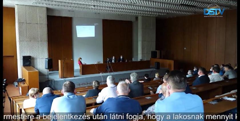 Embedded thumbnail for Járásunkban is megkezdi működését a megyei mobil oltóegység