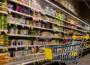 Kis túlzással az egész ország a vasárnapi boltzár mellett van